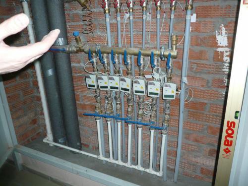 Трубы отопления без гильз.jpg