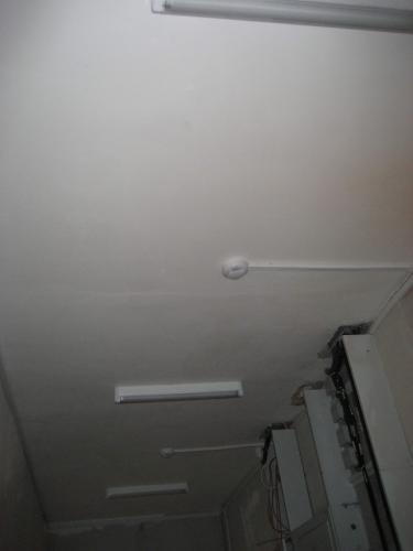 потолок_в_коридоре.jpg