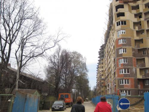 Улица_со_стороны_яузы.JPG