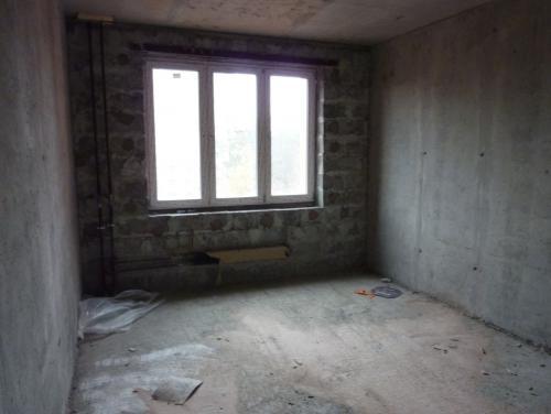 Отсутствие_электоропроводки_в_1_комнатной_квартире_в_3_й_секции.JPG