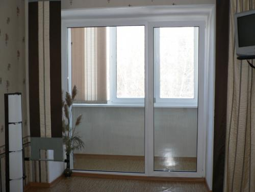 balkonnye_dveri_foto.jpg