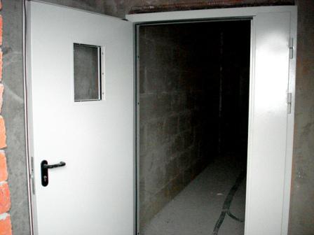 металлическая дверь.JPG